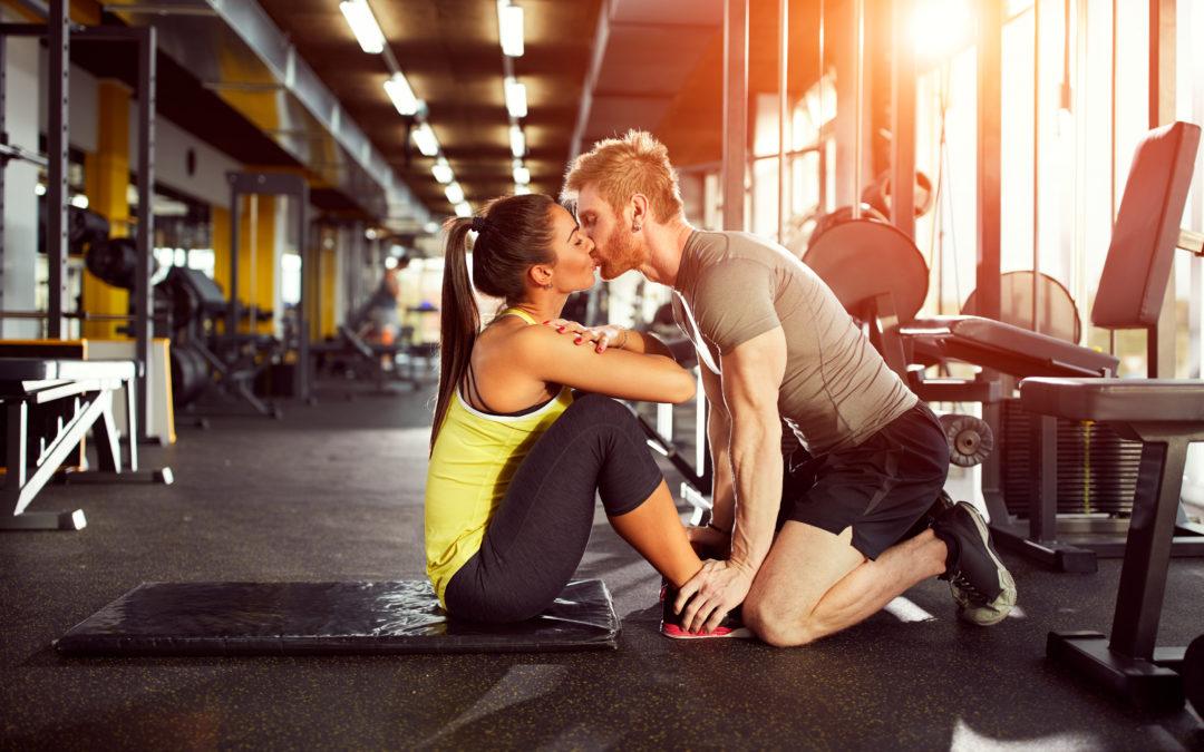 Miłość w klubie fitness – temat tabu czy codzienność?